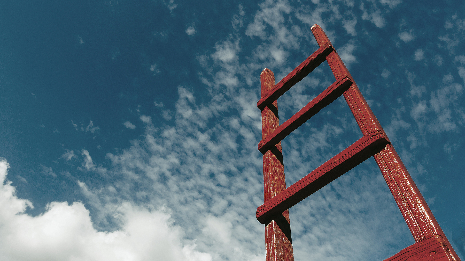 How to set smart goals to climb the corporate ladder